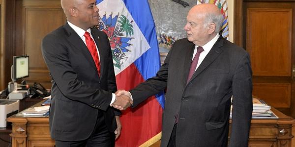 Plan de acción para registrar 200.000 migrantes haitianos