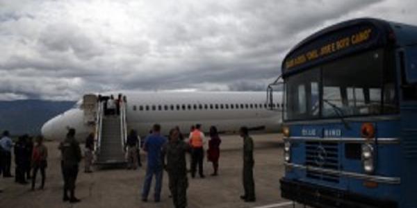 Continúan llegando familias hondureñas  deportadas desde Estados Unidos