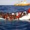 50 mil inmigrantes en los puertos italianos. Español y português