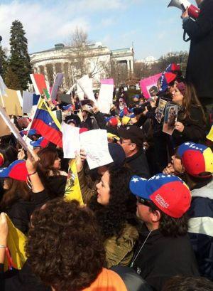 Inmigrantes en EEUU exigen a la OEA que se aplique la Carta Democrática Interamericana. 19 de febrero 2014
